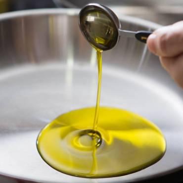 Lo que debes saber del aceite de oliva en tu salud y cocina
